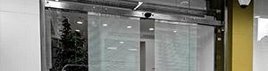 Portes automàtiques vidre vist